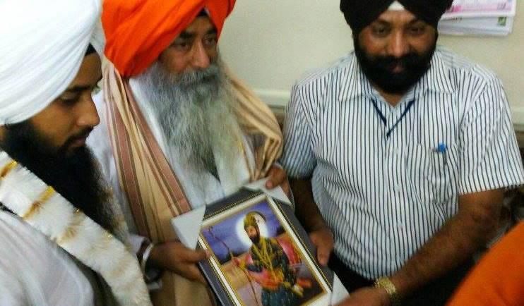 Special honor by Jathedar Sachkhand Hazur Sahib to Bhai Arvinderjit Singh